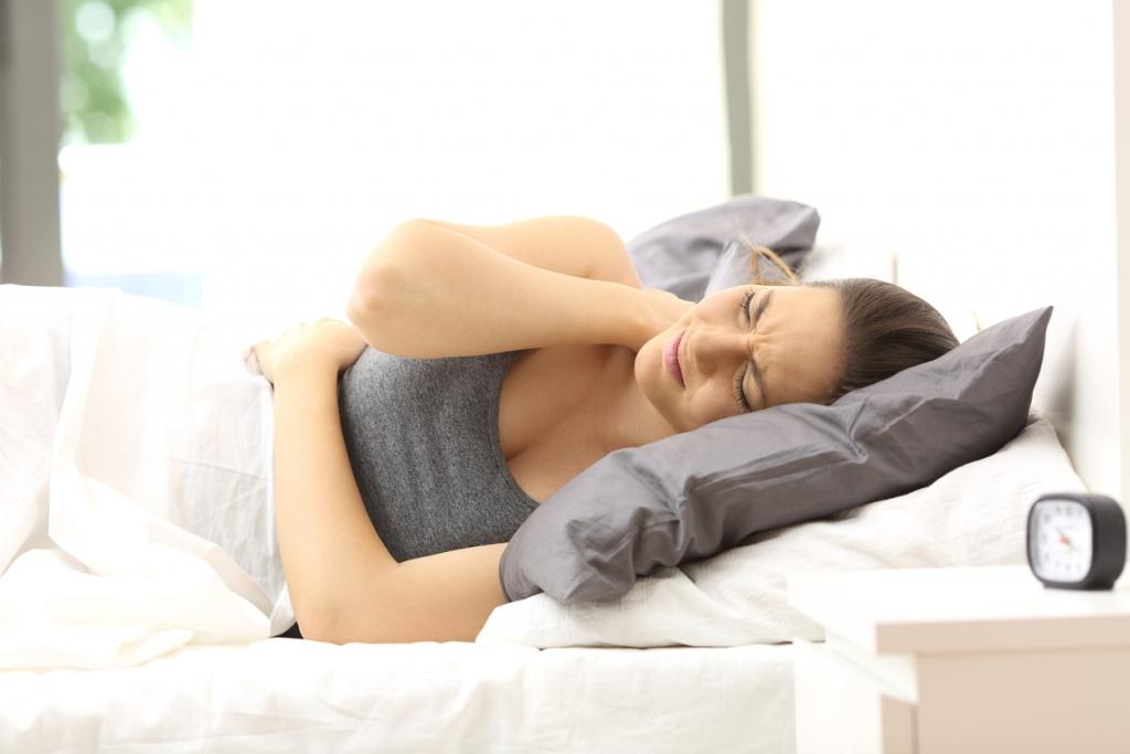 ロキソニン 寝違え 寝違えが激痛で動けない!病院へ行くべき?痛み止めは何を選べばいい?